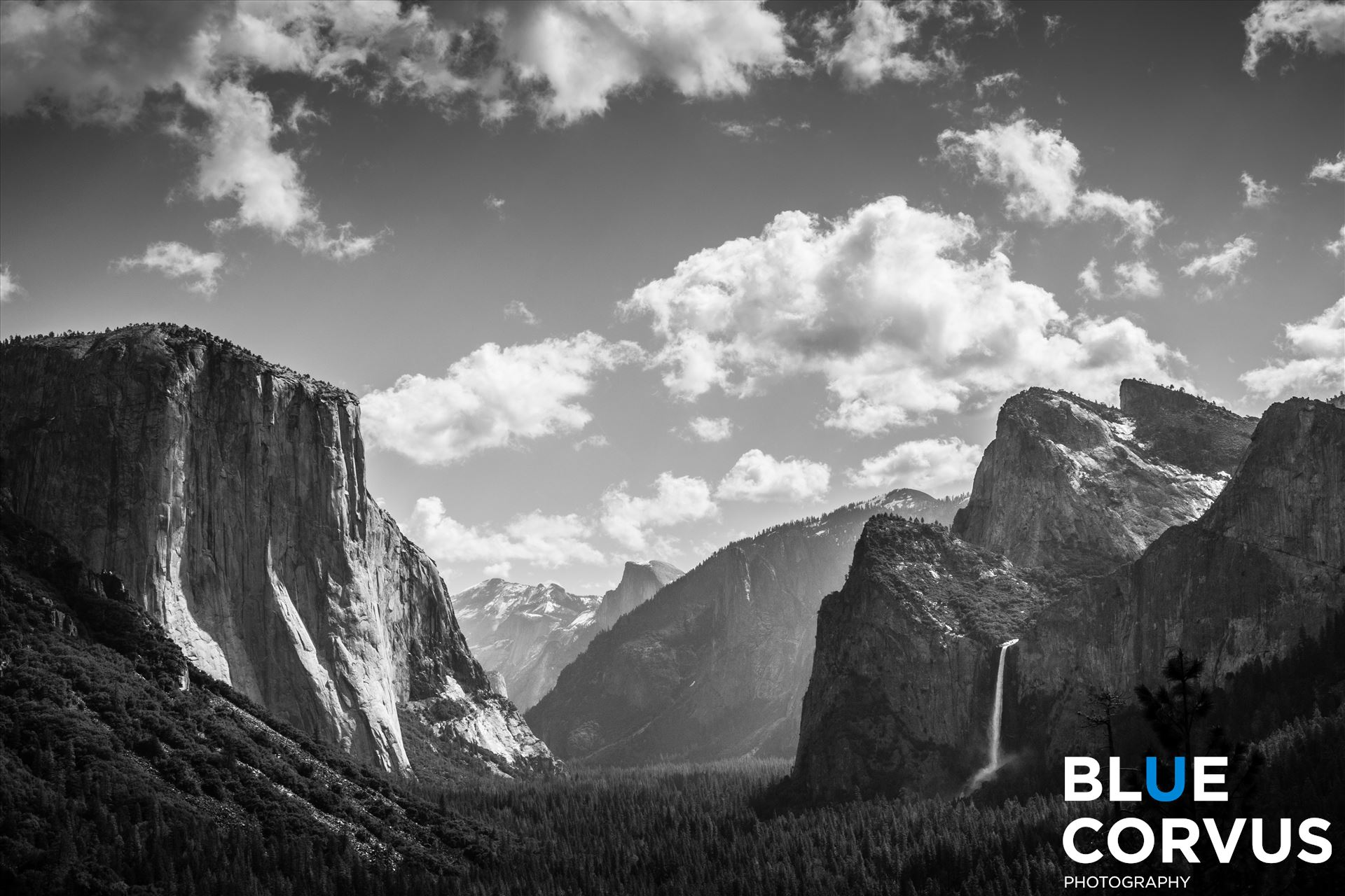 \x22The Grandeur of Yosemite\x22 - Tunnel View of Yosemite by Eddie Zamora